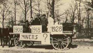 1918 St. Pats Parade Float
