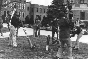 1982  Snake Invasion