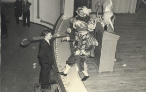 Thomas Kelly being Knighted